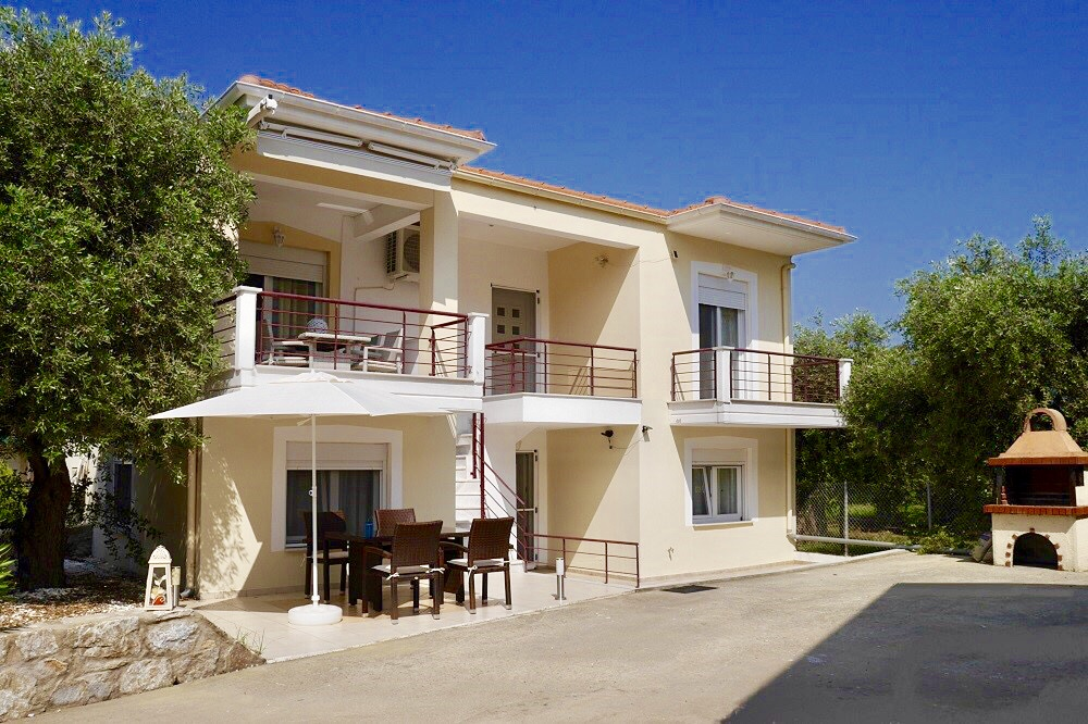 Thassos Golden Beach 2 Apartments for 10 person