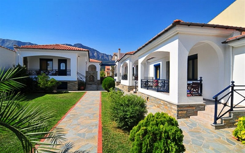 Thassos Chrisi Akti 6 Bungalows 45m2 for 4 persons