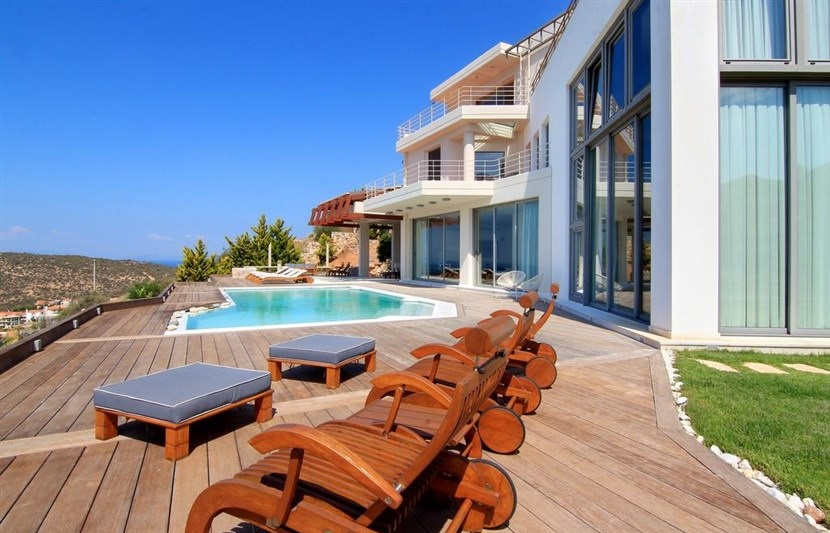Athens, Anavyssos Luxury Villa for 9 persons